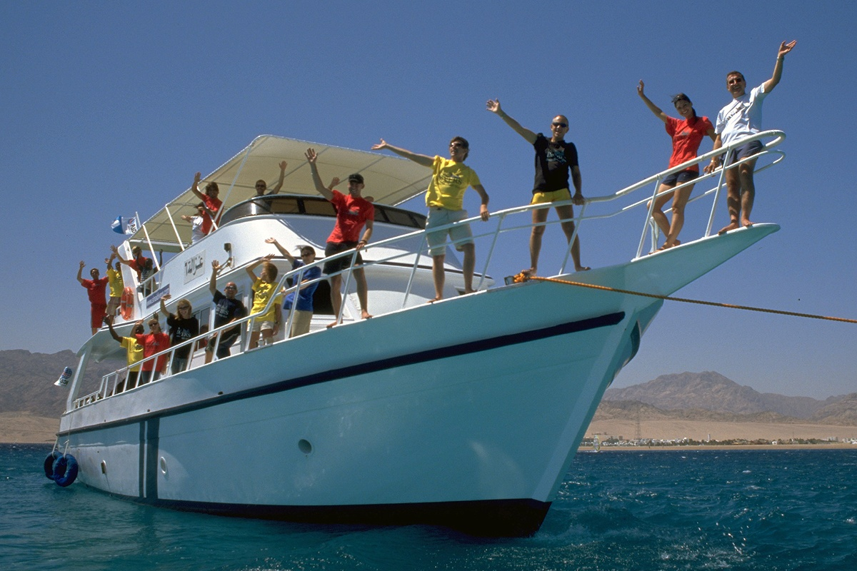 Dahab Backpackers Tagesboot - Sinai Divers